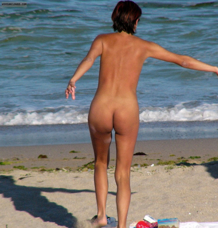 Mariah carey topless beach
