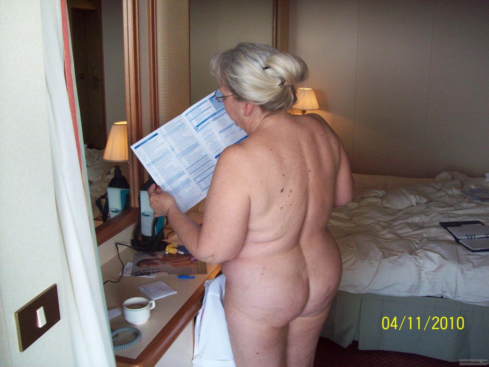 olivia hussey fake nude