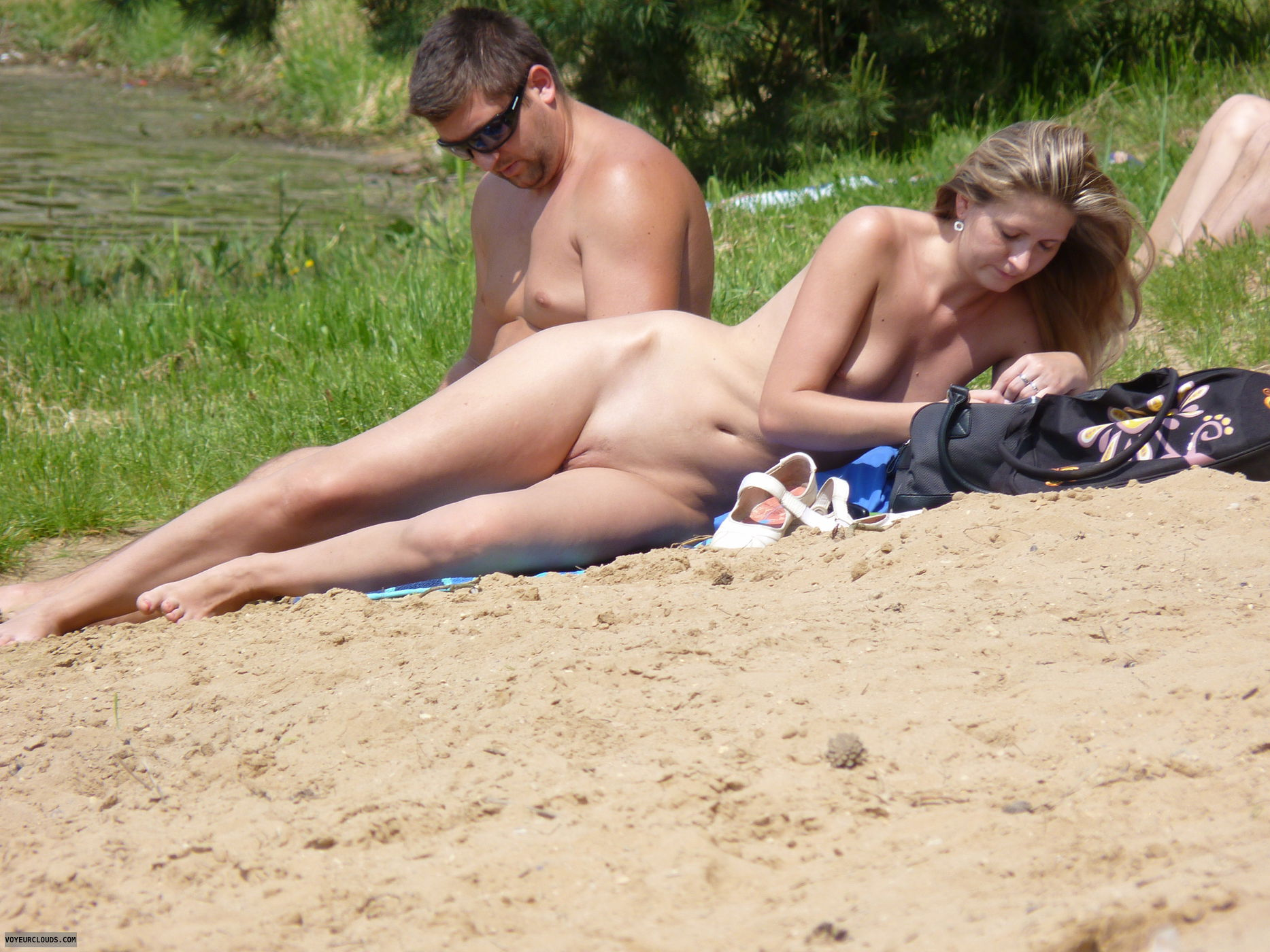 Teen couple outdoor fun gf giving her boobs to bf