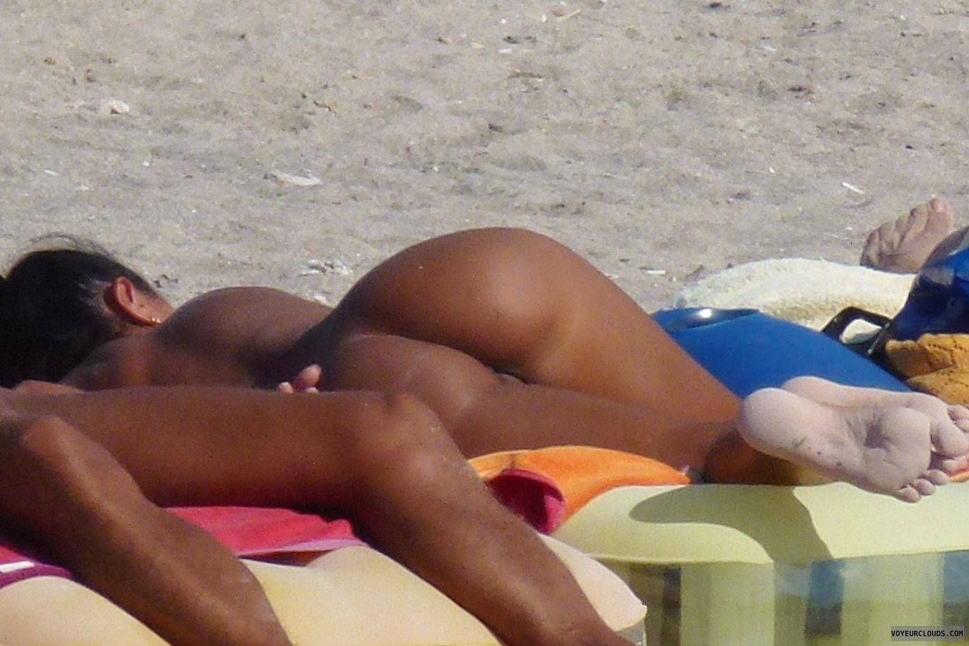 girls ass beach Nude voyeur