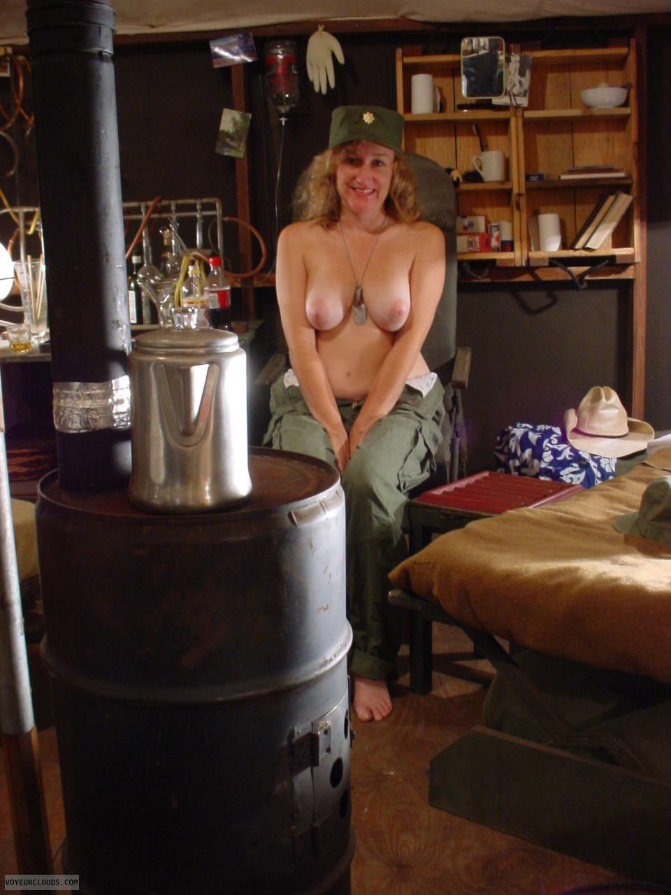 wife public nude
