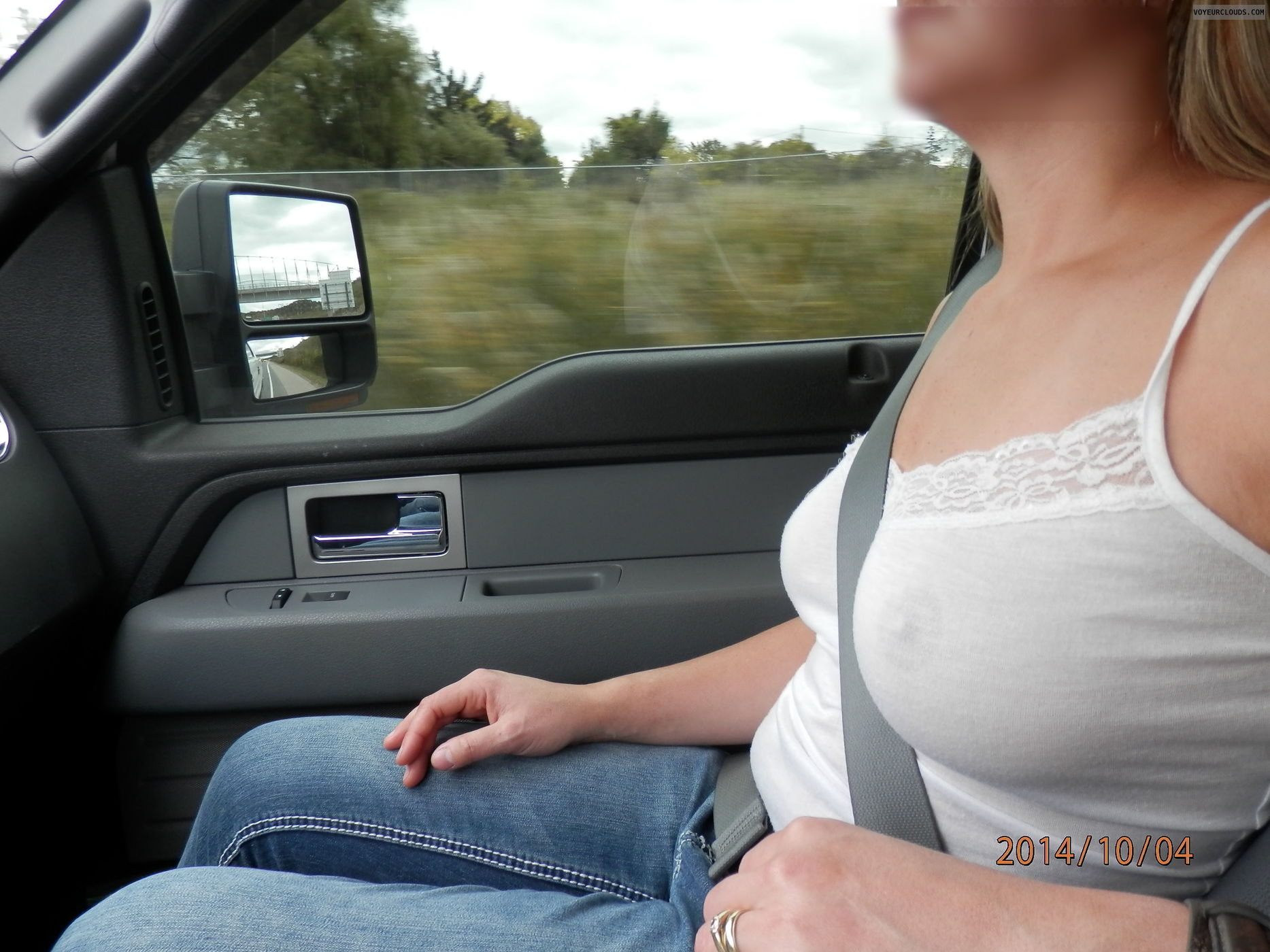 Nude driving flashing truckers